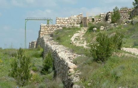 לצפייה: 'מקדש שער' מתקופת בית ראשון נחשף בחפירות בתל לכיש