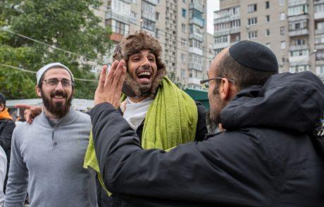 אהבת ישראל והתרחקות מחברה רעה
